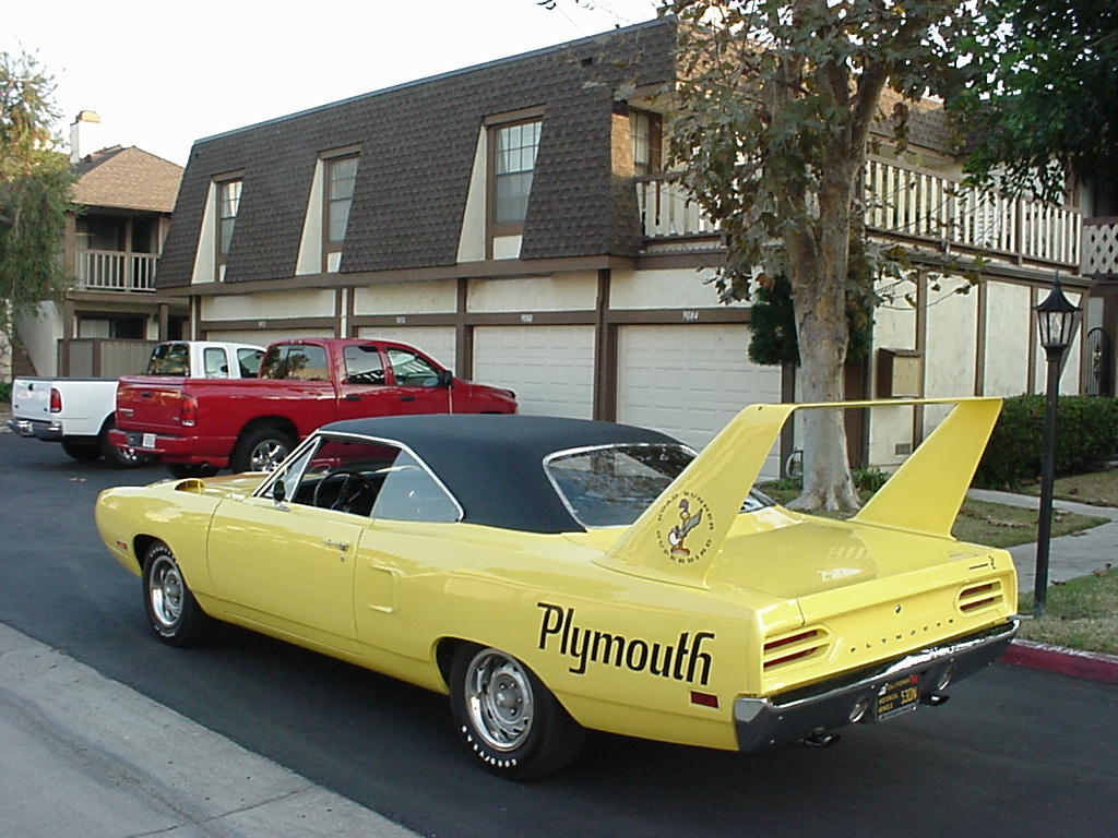 Plymouth Superbird High Flying Race Car That Changed Nascar
